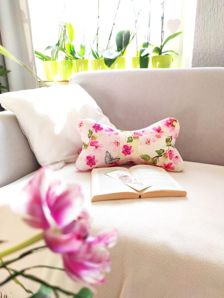 Leseknochen-pink-flowers