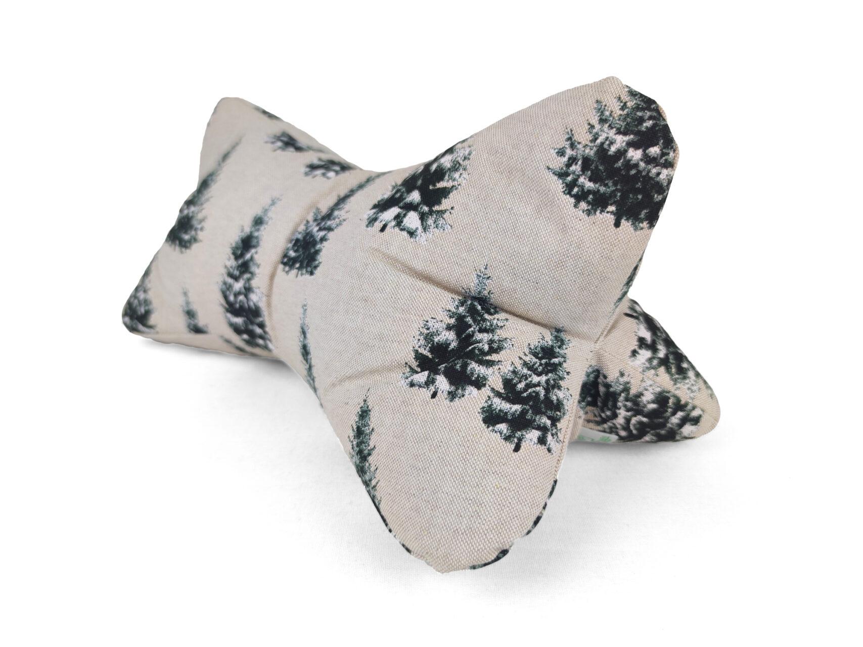 Leseknochen-Tannenbäume-im-Winter-beige-schwarz-weiß