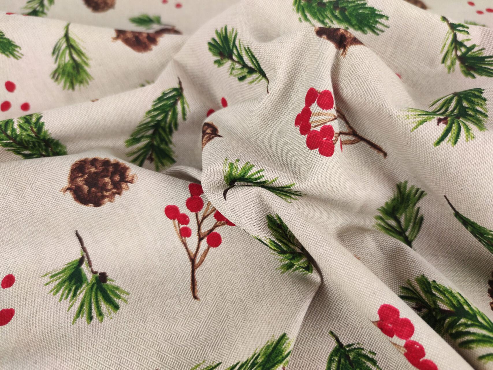 Stoffdetail-Kiefernzapfen-Tannenzapfen-Weihnachtenbeige-rot-grün1a
